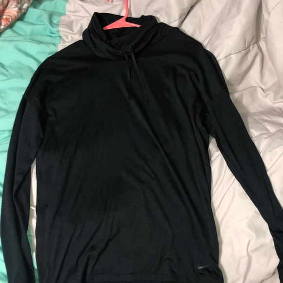 Nike Other - thin pullover